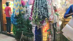 On Christmas Eve, Mumbai's shops wear a festive look