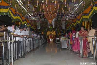 Saibaba temple gets Rs 14 54 cr donation in 11 days   India