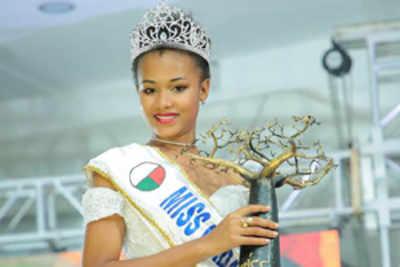 Valerie Binguira crowned Miss Madagascar 2019