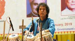 Zakir Hussain woos Jaipur's music connoisseurs