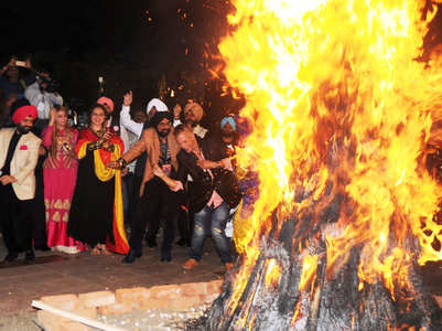 Unique quotes and messages to wish Happy Lohri