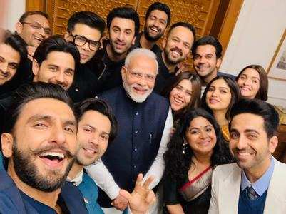 Bollywood stars' epic selfie with PM Modi