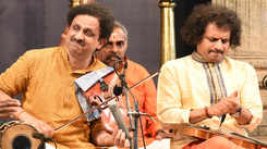 Violin duet by Mysore brothers
