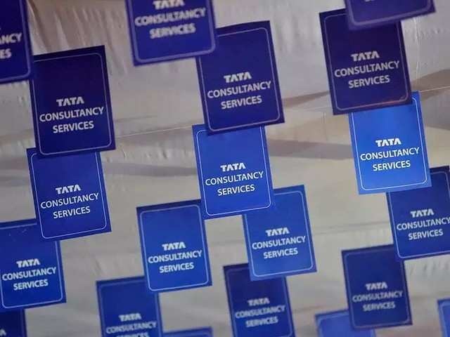 TCS shares fall by nearly 3% post Q3 earnings