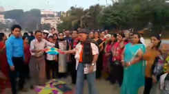 Mumbai laughter club celebrates Makar Sankranti with kites and fun