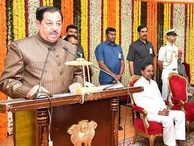 Telangana: Senior MIM MLA Mumtaz Ahmed Khan sworn in protem