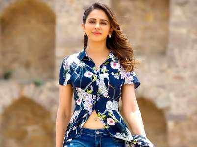 Rakul Preet Singh fires back at a netizen on Twitter
