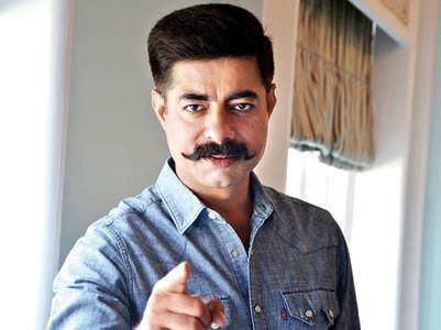 Ashutosh-Tisca replace Sushant as TV host