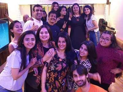 Swaragini cast enjoy a mini-reunion