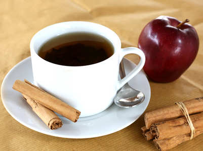 6 health benefits of apple tea and how to make it