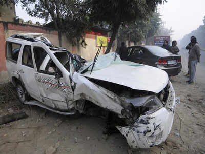Realty Consultant Dies In Noida Car Accident Noida News Times Of