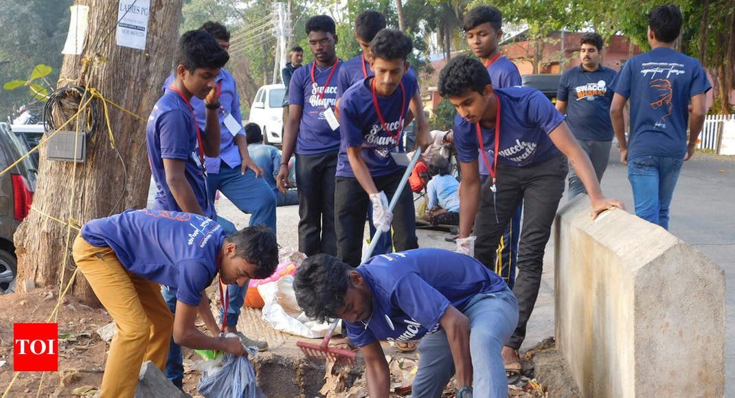 Swachata volunteers give new look to M'luru stn