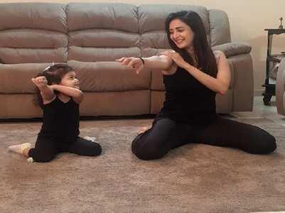 Chahatt Khanna twinning with her baby girl