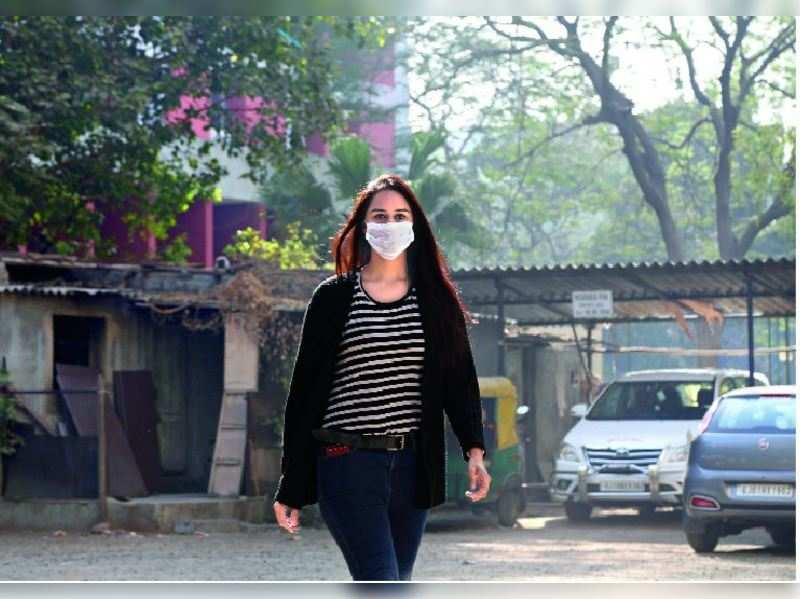 Amdavadis turn to masks to beat poor air quality