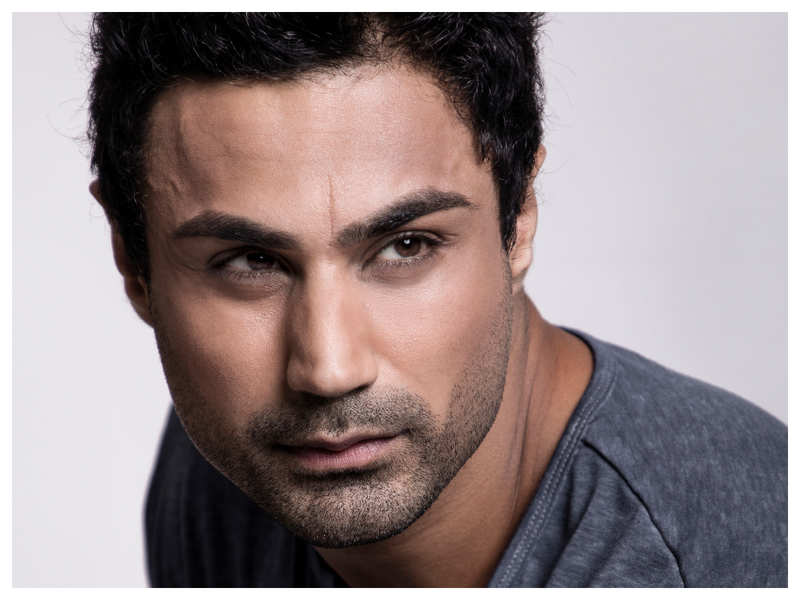 Model Karan Oberoi shares helpful tips for being a healthy and fit vegetarian