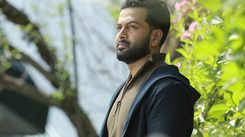 Prithviraj chooses Aadujeevitham over a Hindi series