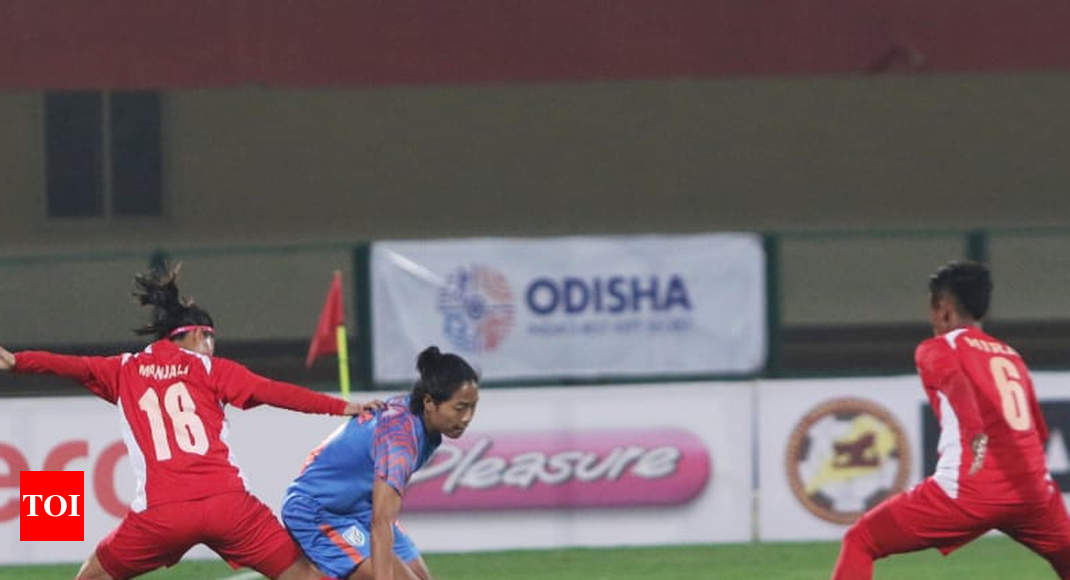 Gold Cup: Nepal ride on Sabitra's brace to beat India