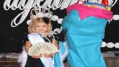 6 year old bids pageant adieu for career in movies