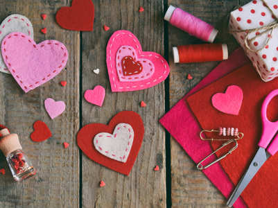 How to make Valentines Day card at home