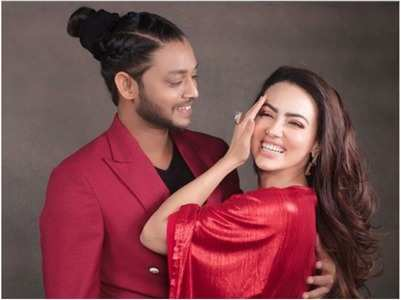 Sana Khan confirms dating Melvin Louis