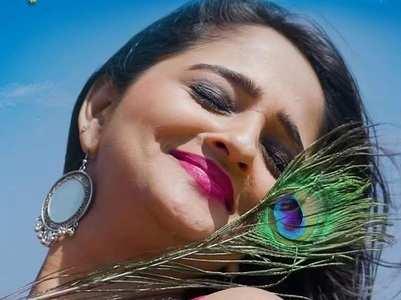 Aditi Dravid expresses love through music video