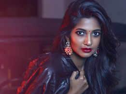 Actor Arun Pandian's daughter, Keerthi, to make her film debut