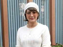 Sonali Bendre 'switches on the sunshine' yet again. Find out how!