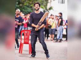 Did you know Kartik Aaryan is a major cricket fanatic?