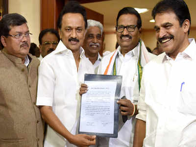 Alliance with DMK: Cong gets 9 LS seats in Tamil Nadu, one in Puducherry |  Chennai News - Times of India