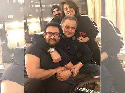 Photo: Aamir visits Rishi and Neetu in NY