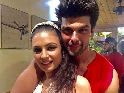 Kushal wishes Kavita Ghai on her bday