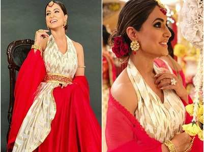 Hina Khan looks resplendent as Komolika