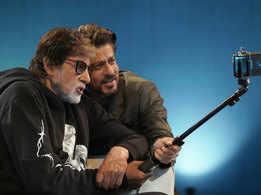 Amitabh and Shah Rukh's epic selfie