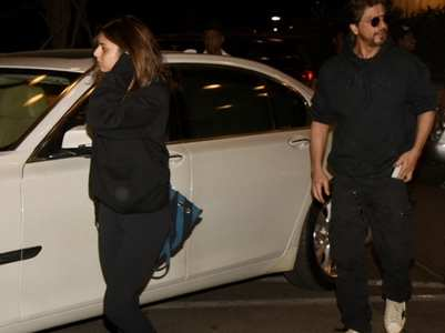 Pic: SRK-Suhana in matching outfits at airport