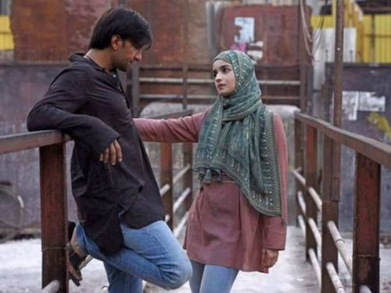 Gully Boy' box office collection Day 10: The Ranveer Singh and Alia Bhatt  starrer film sees a big growth on its second Saturday   Hindi Movie News -  Times of India