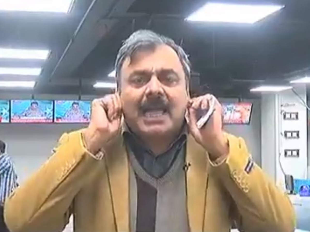 Atom Bomb For Tomatoes Pakistani Journalist S Tauba Tauba Video Is The New Meme You Need To See Times Of India