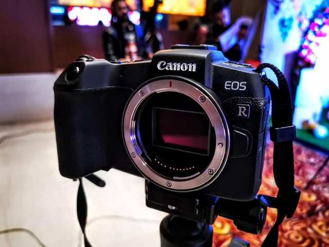 Canon launches EOS RP full-frame mirrorless camera in India at a starting price of Rs 1,10,495