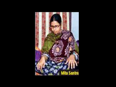 Bengal: Martyr's widow trolled for 'not wanting war