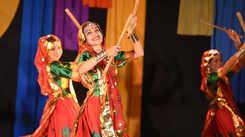 Potpourri of cultural and folk arts