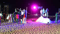 Beach Carnival turns on the celebration mode
