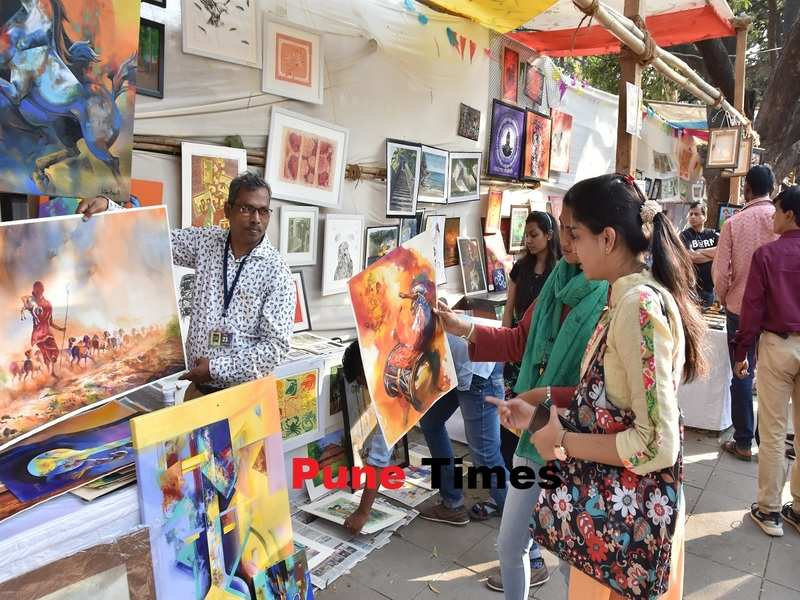 Pune's first ever open-air art exhibition saw over 350 artists display their works