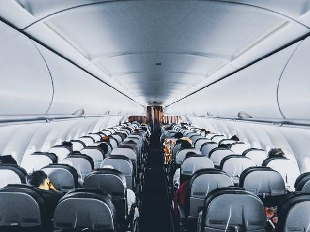 Flying to US? You are no longer allowed to carry phones in checked bags