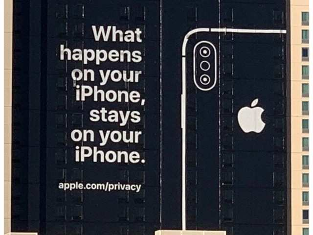 When Apple, the importance of privacy and a domain name meet
