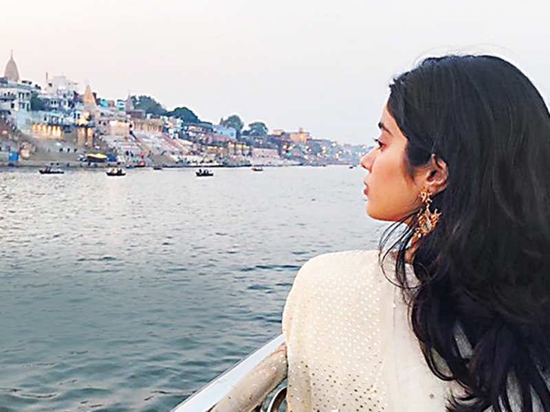Janhvi in Varanasi in a pic that she posted online (BCCL)