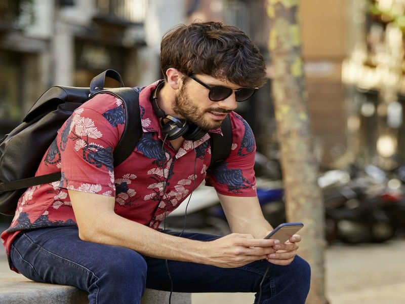 How men can sport floral print stylishly