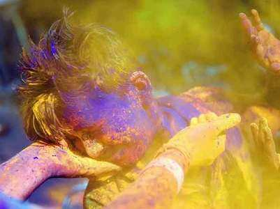 Skincare tips for Holi