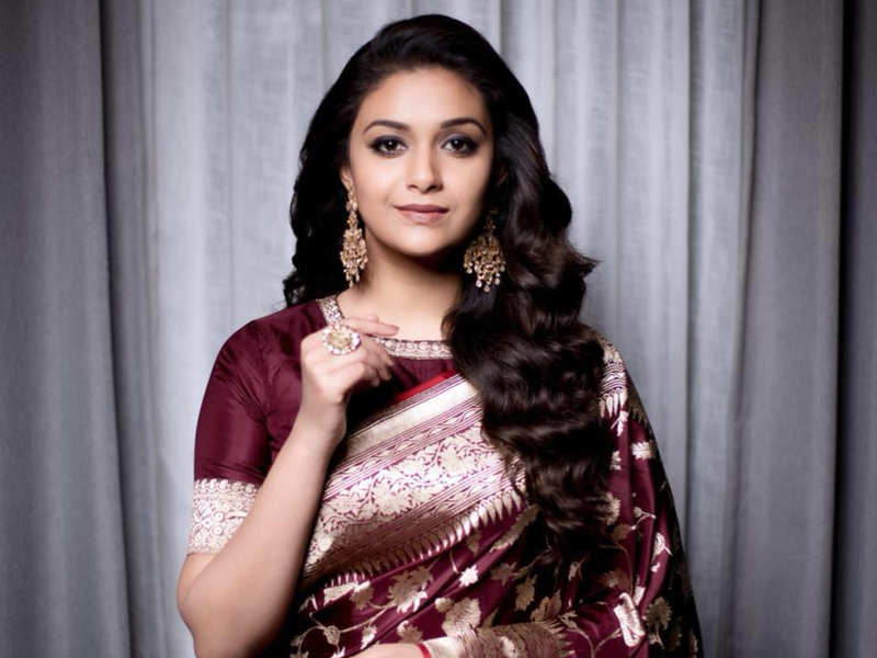 Keerthy kicks off her Bollywood debut as a footballer's wife