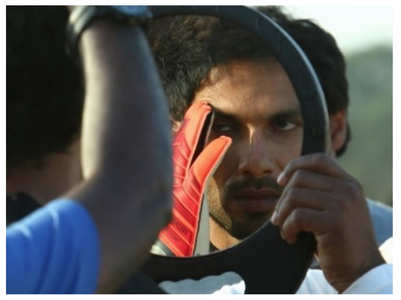 'Kabir Singh': Shahid shares a pic from sets