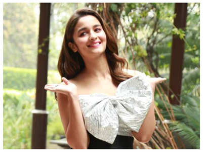Inside pics from Alia's birthday celebration