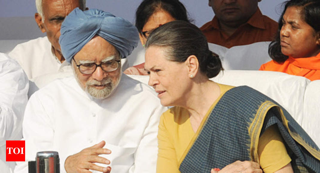 Sonia, Manmohan party to decision to free Azhar: Amit Shah - Times of India